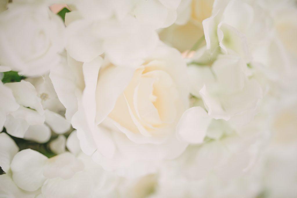 a184fcd1aa2b Blomvägg - hyr blomstervägg till bröllop & event.
